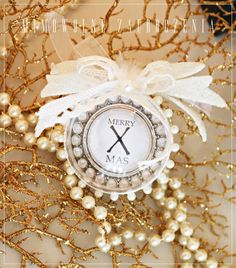 Xmas, Christmas,  bauble,  gold, pearls