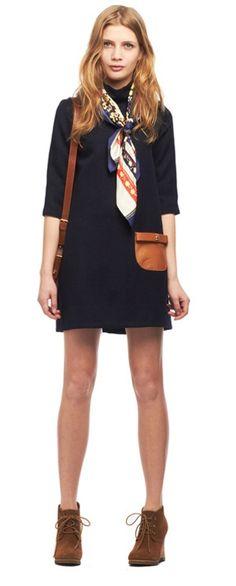 Conseils de mode comment nouer une écharpe en soie autour du cou ou dans  ses cheveux d286c90700d