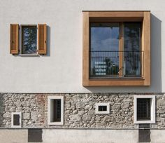 Image 1 of 18 from gallery of Refurbishment of an Old Barn / Arcoquattro Architettura. Courtesy of Arcoquattro Architettura Renovation Facade, Architecture Renovation, Barn Renovation, Facade Architecture, Residential Architecture, Classical Architecture, Facade Design, House Design, Exterior Tradicional