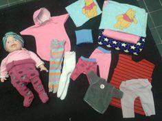 Nuken vaatteita tilkkujämistä.. sukkahousut sukista (oli muuten kätsyt!) , petivaatteita, pöksyjä, pipoja, mekko,unipussukka ja panta...