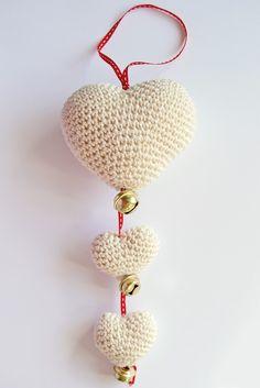 hearts for Valentine's Crochet Gifts, Diy Crochet, Crochet Toys, Crochet Motif, Crochet Flowers, Crochet Patterns, Crochet Hearts, Cute Valentines Card, Valentine Crafts