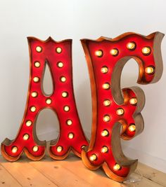 letras luminosas la factoria plastica Marquee Letters, Marquee Lights, Light Letters, Light Decorations, Lettering, My Favorite Things, Drawer, Restaurants, You Are Special