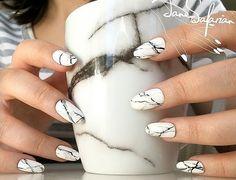 Мраморный маникюр: 30 лучших идей модного дизайна ногтей (фото, видео)