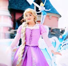 Disney Parks, Walt Disney, Face Characters, Disney Characters, Rapunzel And Eugene, Disney Aesthetic, Disney Cosplay, Disneyland Paris, Disney Princesses