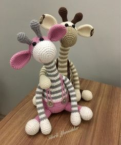 44 Awesome Crochet Amigurumi Patterns For You Kids for 2019 Part amigurumi for beginners; amigurumi for kids; Giraffe Crochet, Crochet Bunny, Cute Crochet, Crochet Animals, Easy Crochet, Crochet Purse Patterns, Crochet Motifs, Crochet Patterns Amigurumi, Amigurumi Animals