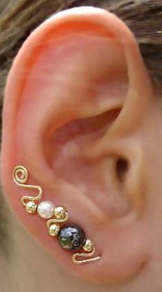 I love this ear wrap!!! What a great idea