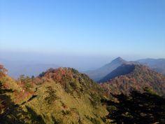 石鎚山の稜線