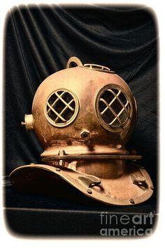 paul ward, old fashioned, steampunk, steam punk, brass helmet, deep sea helmet, hard hat diving, deep sea diving, mark v, scuba, scuba diver, us navy, antique dive helmet, vintage dive helmet, brass helmet, commerical diver, sponge diver, diver, marine, maritime,