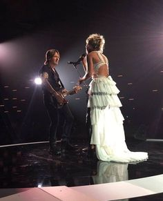 Carrie Underwood and Keith Urban at the 2017 Cmt music awards