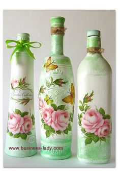 """Grandma's Gazebo with Flowers"" Decoupage Bottles: Tutorial in Russian with photos // On the site Southern Blackberry Designs, you can find English instructions on how to decoupage a recycled bottle: http://www.blackberrydesigns.com/How%20To%20Instructions/Recycled%20Bottle.htm"