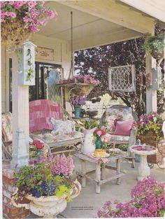 Shabby Chic Porches and Lawns Shabby Chic Patio, Shabby Chic Kitchen, Shabby Chic Cottage, Shabby Chic Furniture, Shabby Chic Decor, Estilo Shabby Chic, Shabby Chic Style, Gazebo, Decoration Shabby