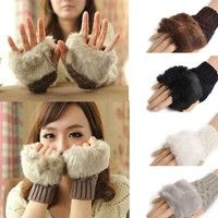 Net Weight: 38g Material: Imitation rabbit hair + Knitted Wool Five Colors: Dark Gray, White, Black,