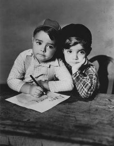 "George ""Spanky"" McFarland & Scotty Beckett - Our Gang - Little Rascals"