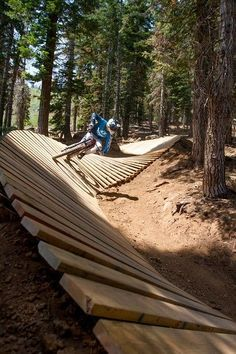 Four ways to play at Tahoe this summer - The Mercury News Northstar's downhill mountain biking course is the most extensive in Northern California Northstar California Resort Downhill Bike, Mtb Bike, Road Bike, Mtb Trails, Mountain Bike Trails, Mountain Biking Women, Rando, Bike Parking, Bike Reviews