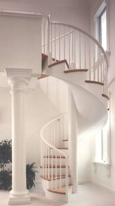 Graceful spiral staircase
