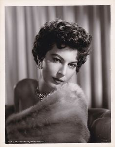 AVA GARDNER Beautiful Original Vintage 1950s MGM Studio GLAMOUR Portrait Photo | eBay
