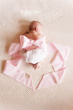 The Morrow Maternity Sash is multi- purpose! Baby can wear it when mommy is through!