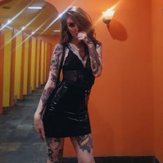 Ink is the best place to find tattoo artists. You can filter by city and style and check out their best pieces! Try it and find the perfect artist for your next tattoo. Fake Tattoos, Girl Tattoos, Tattoos For Women, Diy Tattoo, Karma Tattoo, Tattoo Fails, Inked Girls, Tattooed Girls, Pretty Designs