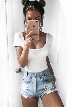 Find More at => http://feedproxy.google.com/~r/amazingoutfits/~3/B9yOLsY5amY/AmazingOutfits.page