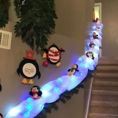 """How to Make a Christmas Ornament Wreath With a Wire Hanger""""},""""additional_hide_reasons"""":[],""""pinner"""":{""""full_name"""":""""The DIY Mommy 101 Weihnachtsdekorationen einfach und günstig Source by Christmas Stairs, Christmas Tree Napkins, Christmas Ornament Wreath, Christmas Crafts, Christmas Lights, White Christmas, Simple Christmas, Christmas Fireplace, Snowman Crafts"""