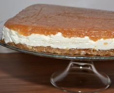 Tort de mere fara coacere No Cook Desserts, Apple Desserts, Romanian Desserts, Icebox Cake, Sweet Tarts, Bakery, Deserts, Food And Drink, Cooking Recipes