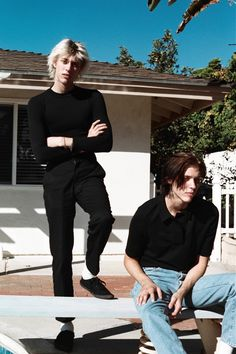 The Garden is a US duo comprising twins from Orange County, Fletcher and Wyatt Shears. They play really fast, really fun music and also happen to have matching bone structure sent from the heavens.