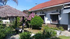 Padang Musa Enda Homestay Indonesia, Asia Located in Padang Utara, Musa Enda Homestay is a perfect starting point from which to explore Padang. Featuring a complete list of amenities, guests will find their stay at the property a comfortable one. Facilities like free Wi-Fi in all rooms, daily housekeeping, photocopying, printer, taxi service are readily available for you to enjoy. All rooms are designed and decorated to make guests feel right at home, and some rooms come with ...
