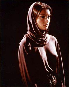 Serina (Jane Seymour) - Battlestar Galactica S01E01-02-03 (Episode 1): Saga of a Star World (First Aired September 17, 1978)