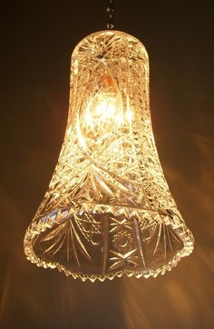 Upcycled lighting adds charm and character to any interior. Attractive lighting is a crucial part of making your decor absolutely perfect. Home Lighting, Pendant Lighting, Diy Pendant Light, Pendant Lamps, Lighting Store, Lighting Ideas, Outdoor Lighting, Luminaire Original, Cut Glass Vase