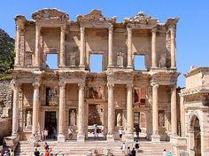 Efes Antik Kenti  Ephesus, İzmir, Türkiye  #ephesus #antikkent #turkey