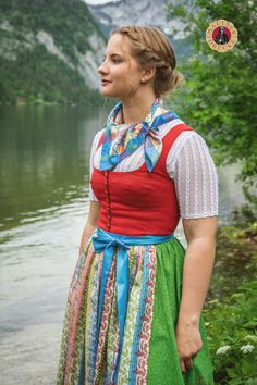 German Women, Beauty Women, Maps, Outfit Ideas, Fancy, Female, Pink, Outfits, Shoes