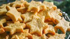 Slané sýrové vánoční hvězdičky připravené v troubě za 20 minut! | Vychytávkov