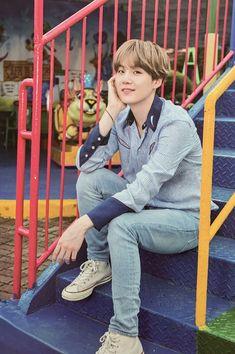 [Scan] BTS 💜 Summer Package In Korea 2019 © chimtae_D [Scan] BTS 💜 Sommerpauschale in Korea 2019 © chimtae_D Suga Suga, Min Yoongi Bts, Min Suga, Bts Bangtan Boy, Bts Taehyung, Bts Jimin, Daegu, Mixtape, Agust D