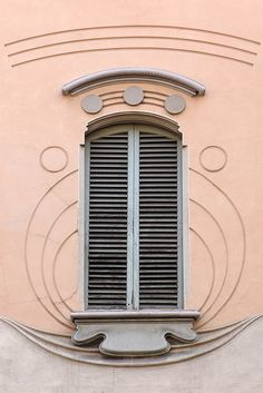 finestra a torino | architettura .   particolari architettonici . liberty .