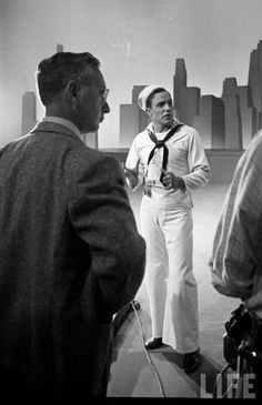 """i-dream-of-gene: """" Gene Kelly - On the Town 1949 """" I Love this Sailor! Classic Hollywood, Old Hollywood, William Powell, Esther Williams, Vintage Sailor, Gene Kelly, Myrna Loy, Vintage Vibes, Classic Films"""
