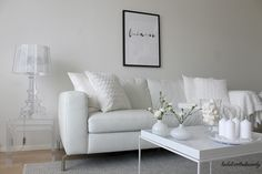 La Dolce Vita/White living room