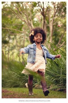 That fro!  So cute!  Atlanta Photographers | CreativeSoul Photography #naturalhair #naturalhairkids #teamnatural