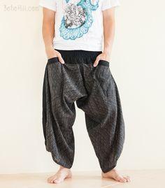 Ninja Hakama Smock Waist Samurai Harem Unisex Flexible Gym Pants (Black Weaving)
