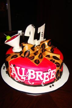 i would love to have a birthday cake like this for my :) Cheetah Birthday Cakes, 21st Birthday Cakes, 22nd Birthday, Girl Birthday, Happy Birthday, 21st Bday Ideas, Birthday Ideas, Yummy Treats, Sweet Treats