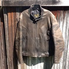 HEAVY VTG Mens 48 U.S. MADE CO. Distressed Leather Cafe Racer Motorcycle Jacket…
