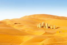 La route de la Soie, de la Chine à la Syrie : Les plus beaux road-trips : 20 voyages d'une vie - Linternaute Dunhuang, Road Trip, Silk Road, Bhutan, Tibet, Monument Valley, Chinese Man, Nature, Travel