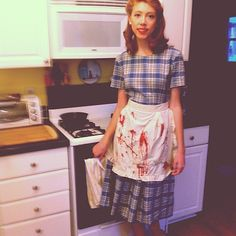Throw on a dress, an apron, and some pearls, and you'll be the spitting image of a typical 1950s housewife. You can add rubber gloves and a sponge for good measure.