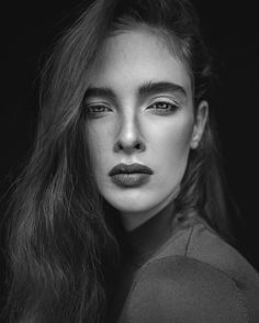 Preview with amazing @gesinevanderlaan @michamodels mua: Kaja dobron #portrait #portraitphotography #portraitphotographer #freckles #freckled #freckle #freckleface #earth_portraits #portraitpage #ig_portraits #bnw_masters #bnw_planet #infinity_faces #queenofbokeh #bokehqueen #marvelous_shots #agataserge #photography #photographer #photoshoot #profile_vision #naturallight #availablelight #nofreckles by agataserge