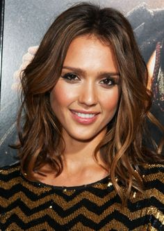 Get the look: Jessica Alba. #beautysouthafrica