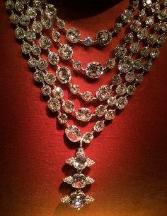 Diamond Necklace with Pendant Ring by JAR, diamond and platinum, 1999. Photo by Cheryl Kremkow.
