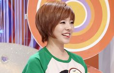 SNSD Sunny- her hair is so perfect!