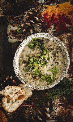 Se paras suppilovahverokeitto | Maku Food Tasting, Palak Paneer, Hummus, Camembert Cheese, Favorite Recipes, Cooking, Ethnic Recipes, Taste Food, Soups