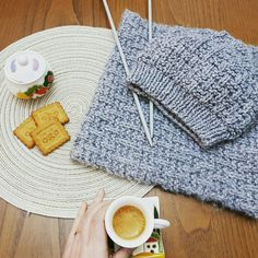 Picnic Blanket, Outdoor Blanket, Knitting, Tricot, Cast On Knitting, Stricken, Crocheting, Knits, Yarns