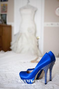 Marina & Mike's Early Summer Wedding - her colors were blue and yellow if you follow the link