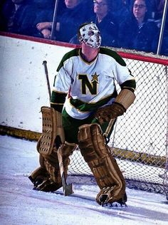 Garry Bauman...Minnesota Hockey Helmet, Hockey Gear, Hockey Goalie, Ice Hockey, Field Goal Kicker, Minnesota North Stars, Goalie Mask, Nhl, 1930s